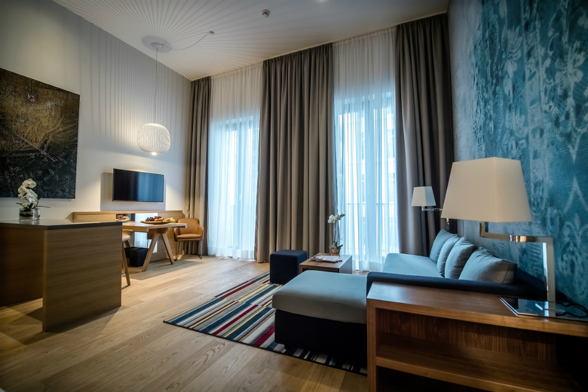 Türen Düsseldorf erstes hyatt house in europa öffnet seine türen in düsseldorf